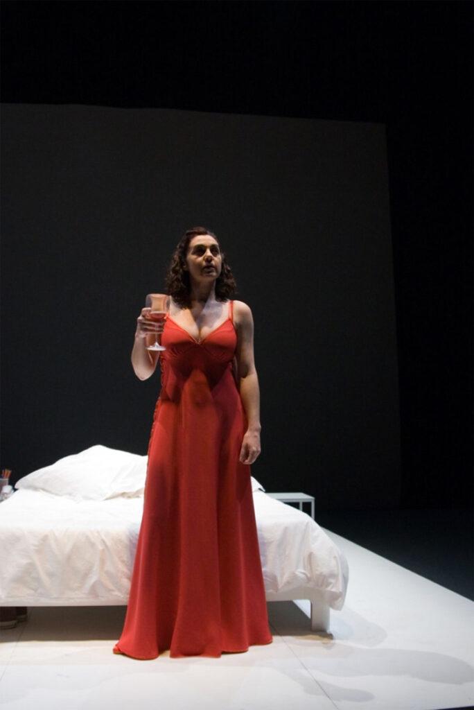 "Pilar Massa interpretando ""Esa cara"""