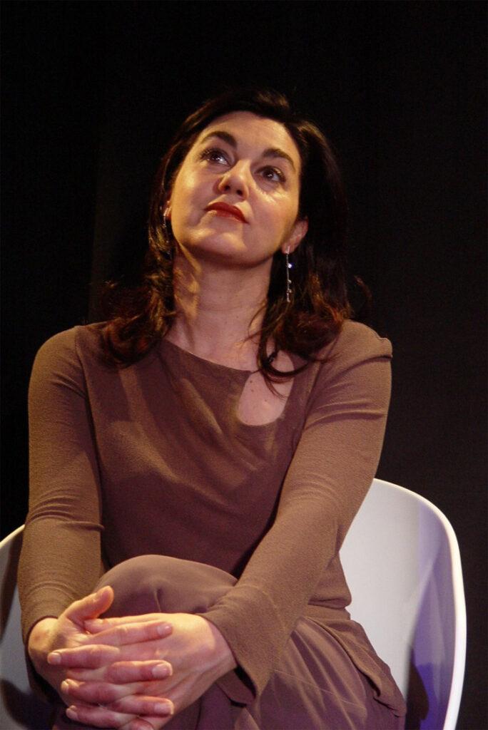 "Pilar Massa interpretando ""La Fiebre"""